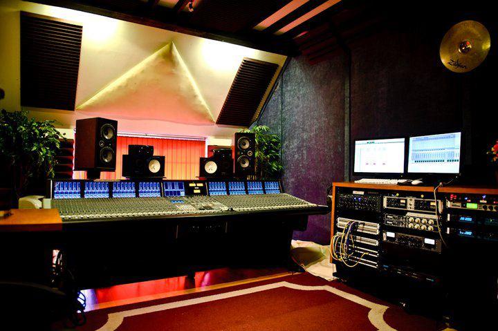 nutshed control room.jpg