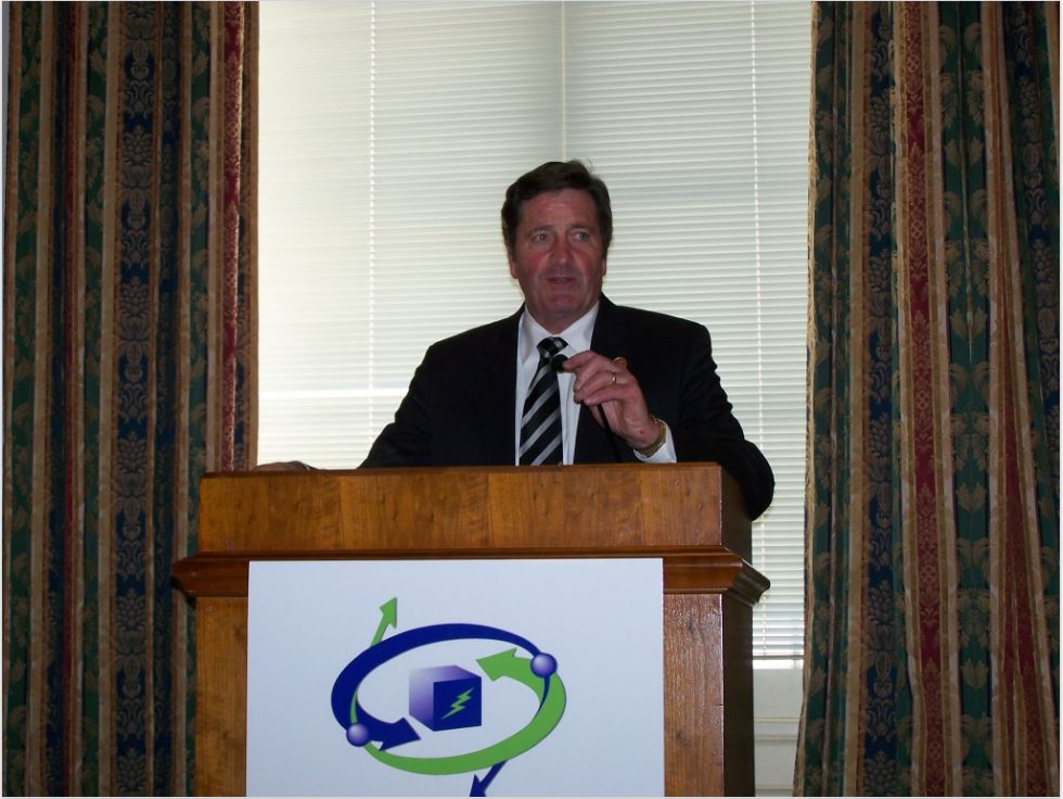 Congressman John Garamendi (CA-3) addresses attendees at the House Hydrogen and Fuel Cell Expo and Policy Forum.