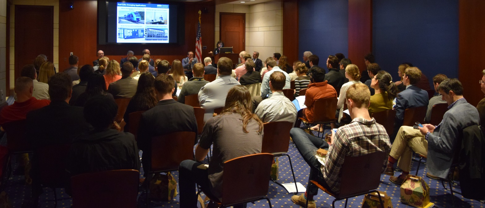 Attendees from House and Senate offices of both parties, industry representatives, and Executive Branch officials packed the room at the 2017 Fuel Cell & Hydrogen Energy Policy Forum. Source: FCHEA