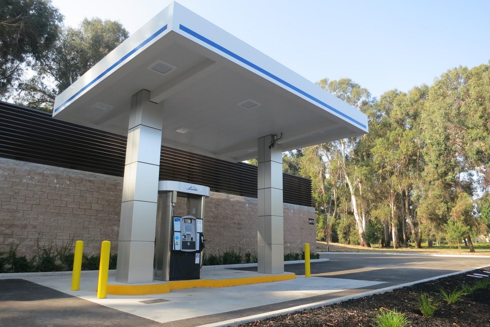 Photos courtesy of the California Fuel Cell Partnership