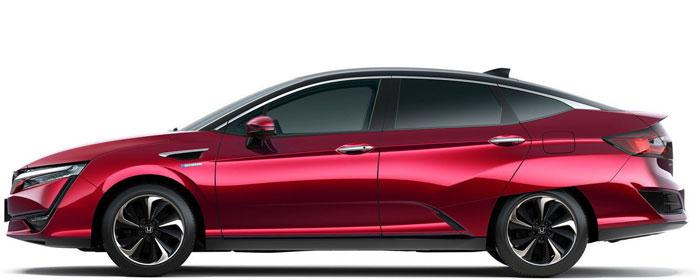 The 2018 Honda Clarity Fuel Cell mid-size sedan.