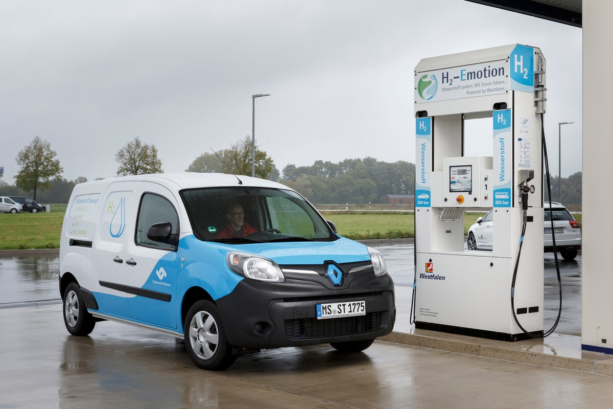 Renault's Kangoo ZE-H2 fuel cell range-extended van. Source H2 Mobility.