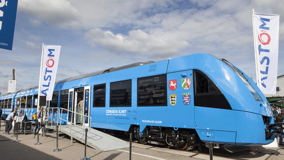 Alstom Concordia iLint hydrogen fuel cell train powered by FCHEA member Hydrogenics' fuel cells