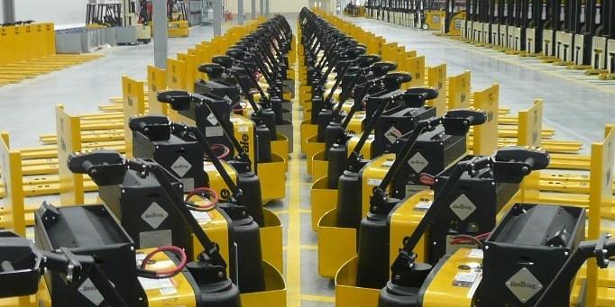 A portion of Walmart's fleet of Plug Power forklifts. Source: Plug Power