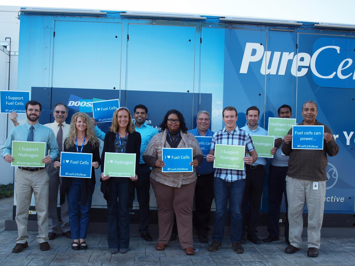 Doosan Fuel Cell employees celebrating National Hydrogen & Fuel Cell Day