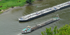 River boats similar to those being designed by H2SHIPS  Source