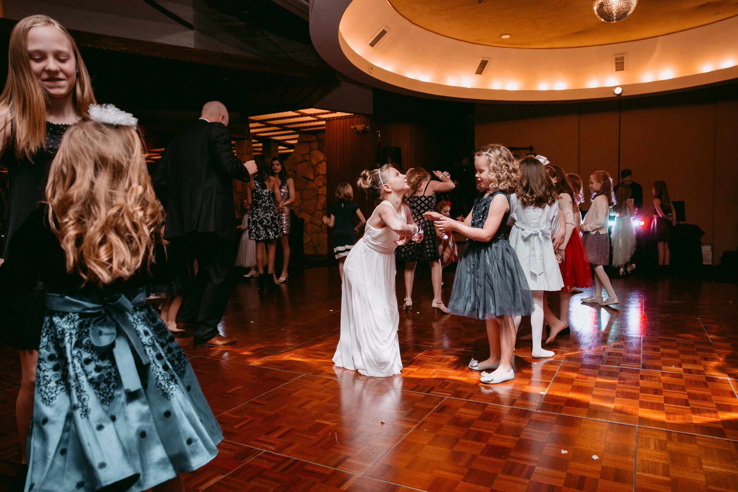 quailcreek_fatherdaughterdance_2017_highfivemedia_photography12.jpg