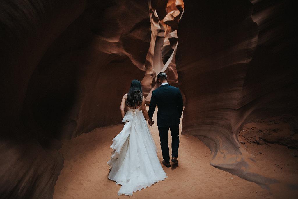 Antelope Canyon Elopement4.jpg