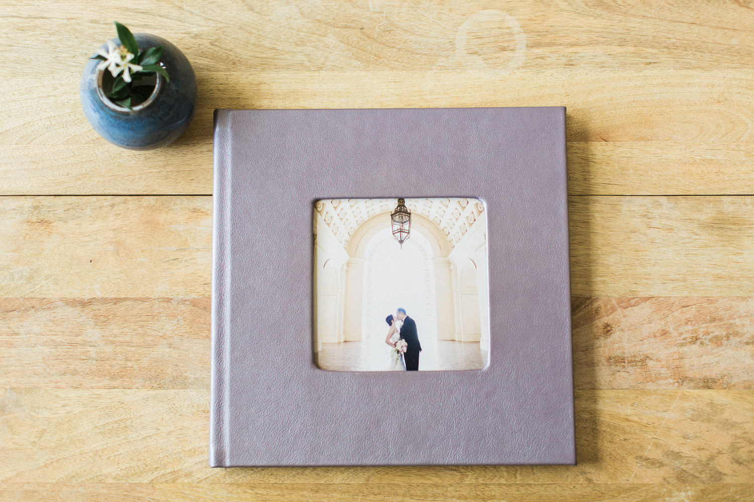 wedding-photography-albums-lay-flat-flush-mount-leather-hi-res-001_1.jpg