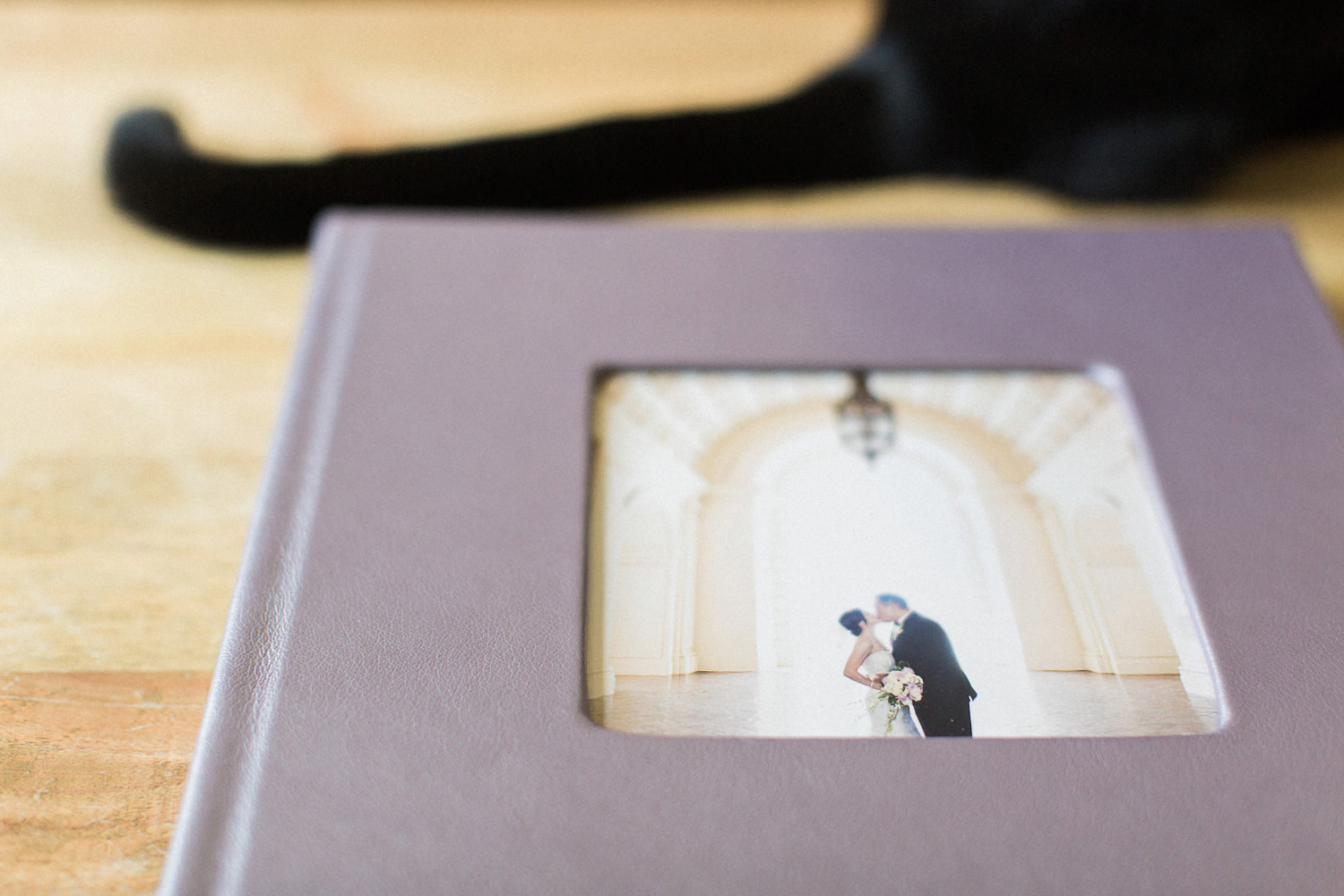 wedding-photography-albums-lay-flat-flush-mount-leather-hi-res-001_5.jpg