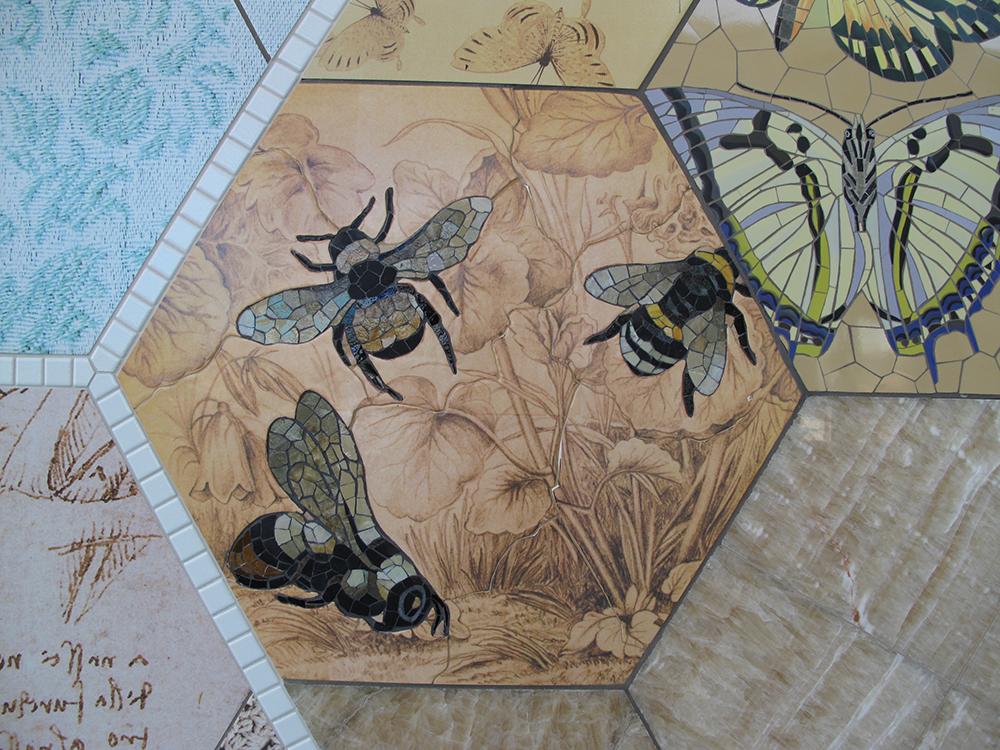 bee-detail.jpg