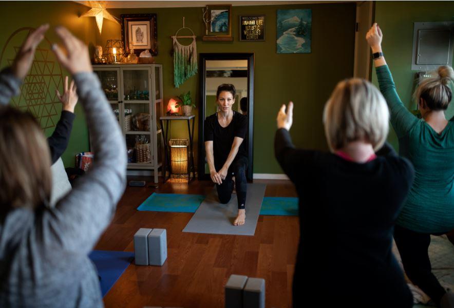 kristin-louis-prenatal-yoga-2.JPG