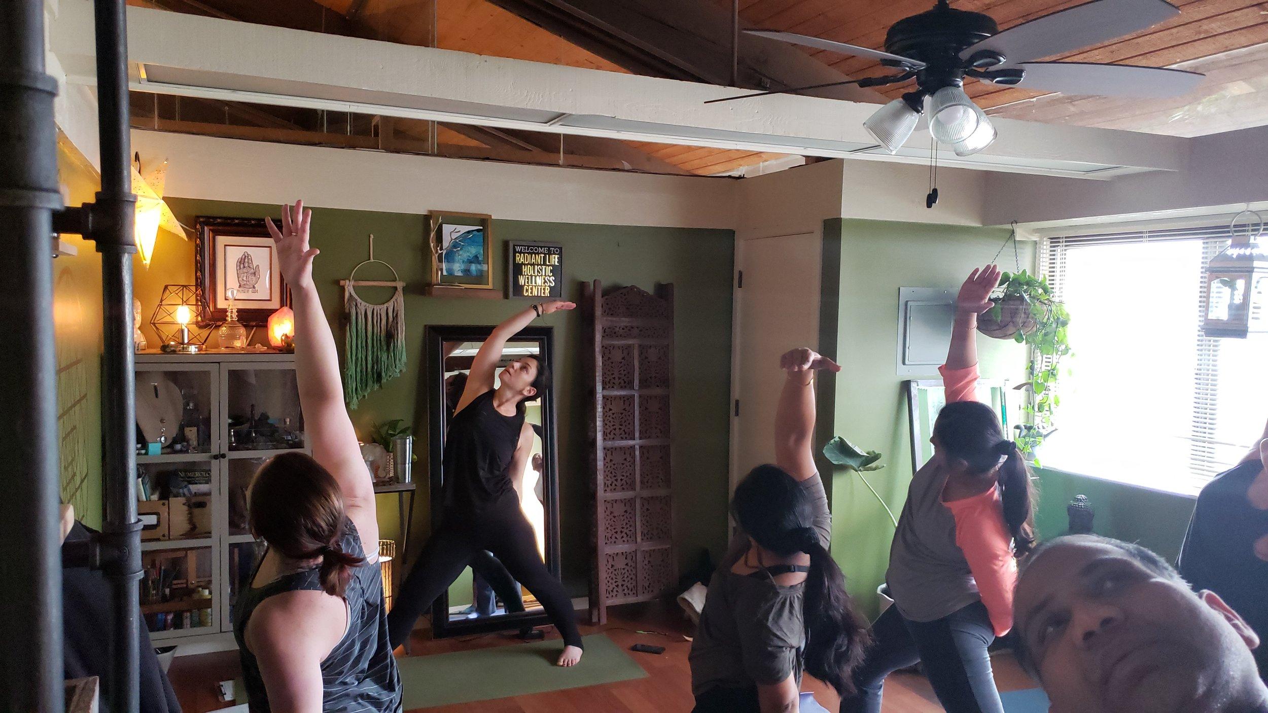 Gina LaBarbera - Beginner Vinyasa Flow Yoga Class