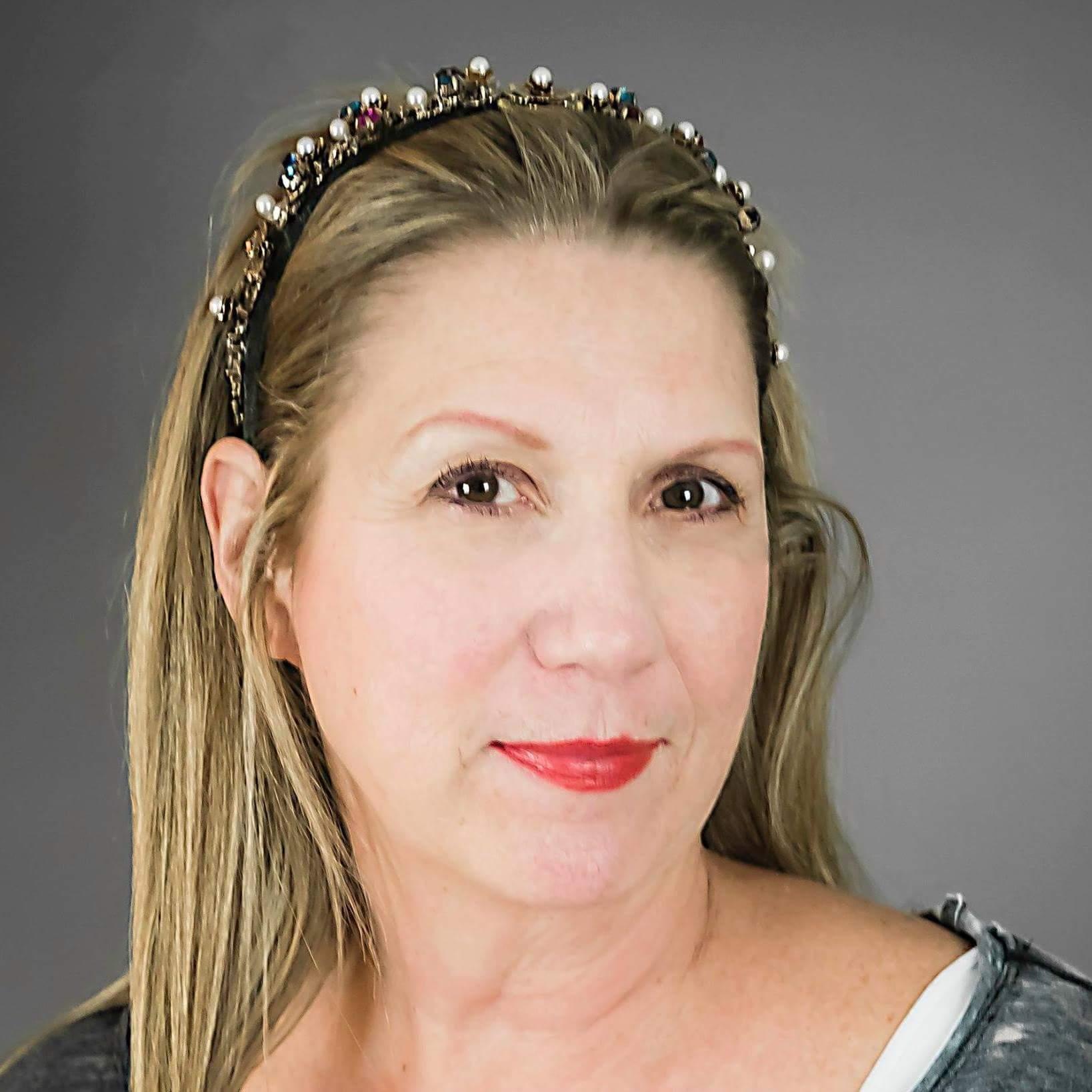 Cindy Giles, shaman, Certified Life Coach
