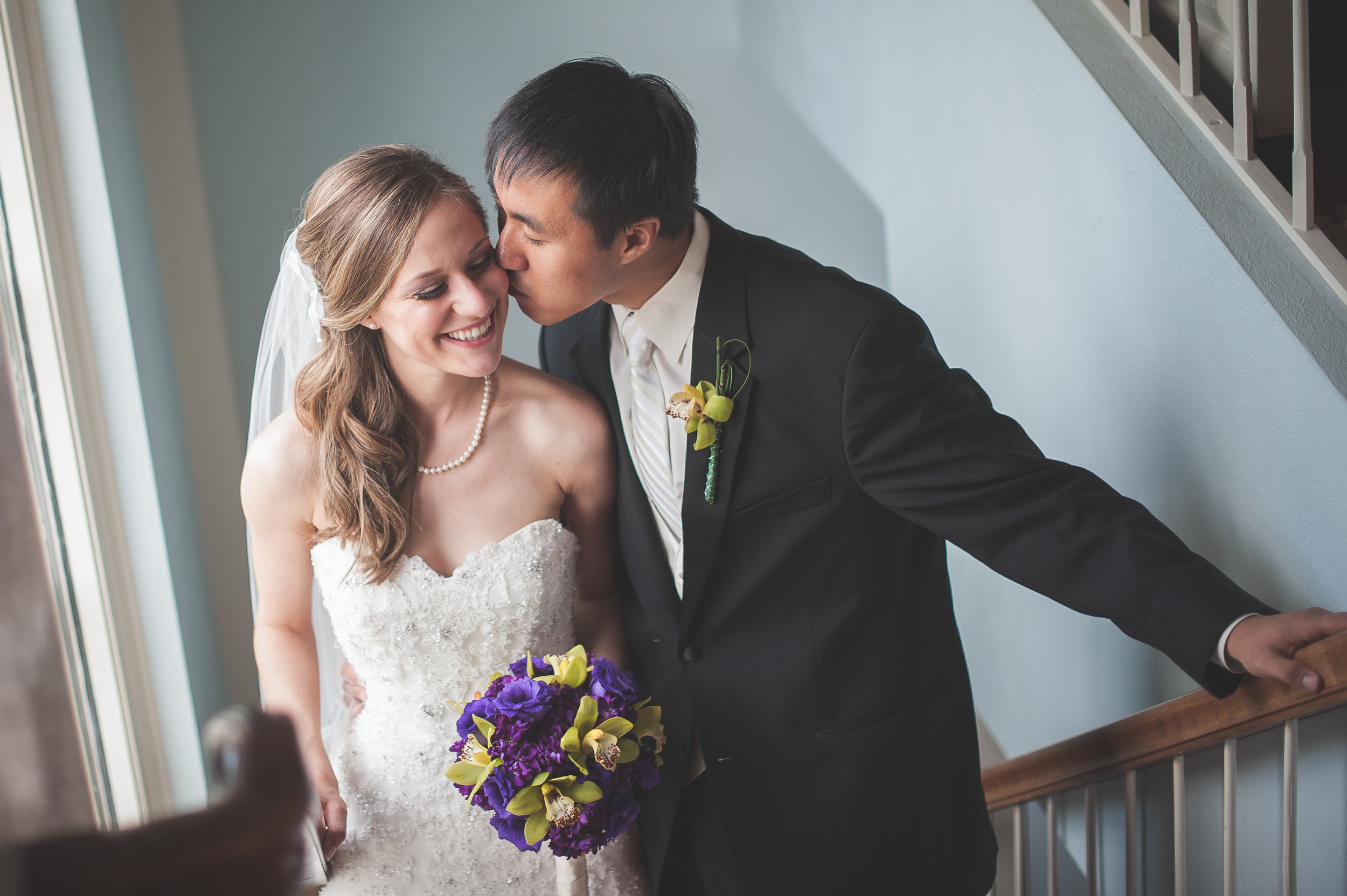 Bride and groom at Presbyterian Church in Worthington, OH