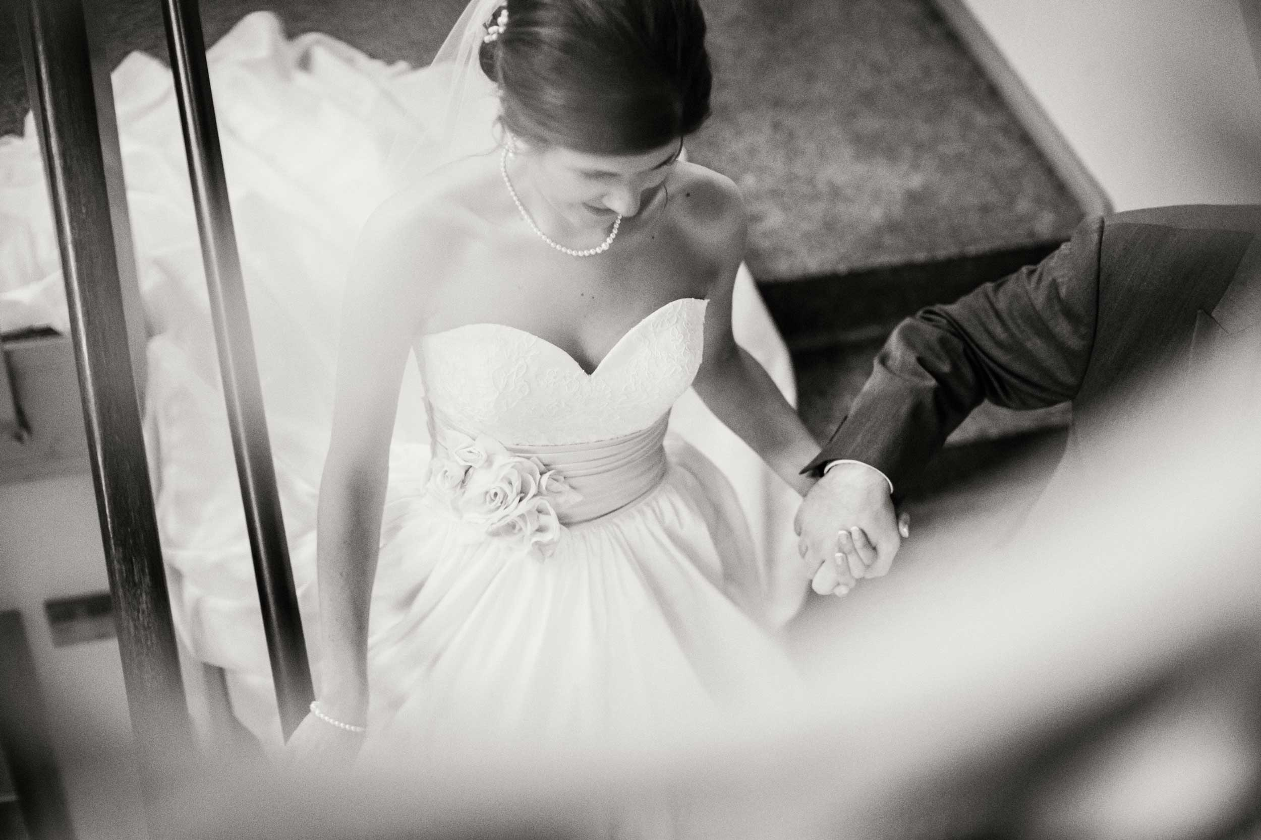 Bride and Groom at wedding in Zanesville, OH