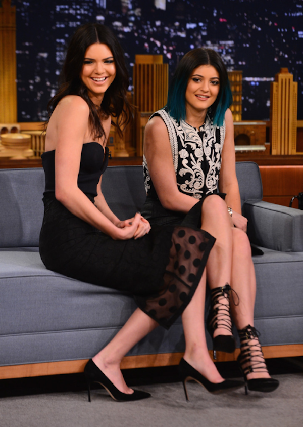 Kendall-and-Kylie-Tumblr-Tuesday-Kylie-Jenner-Fashion-Style-Photos-26.png