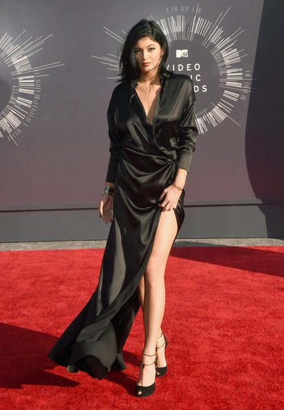Kylie+Jenner+Arrivals+MTV+Video+Music+Awards+CF3dXNaJFZIl-fixed.jpg