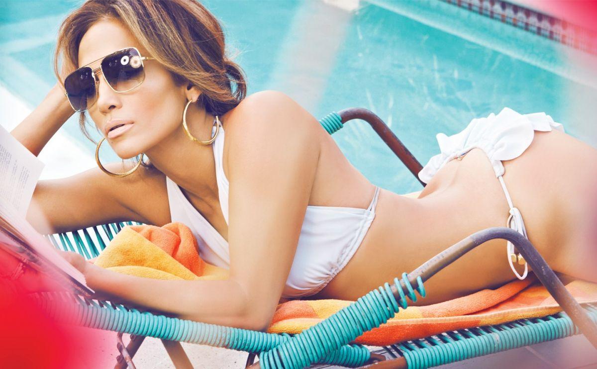 Jennifer Lopze x monica rose stylist x complex 5.jpg