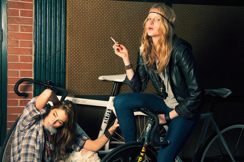 hipster_bikers2.jpg
