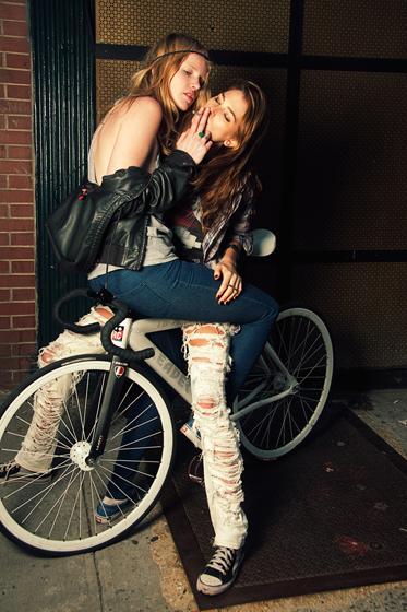 hipster_bikers3.jpg