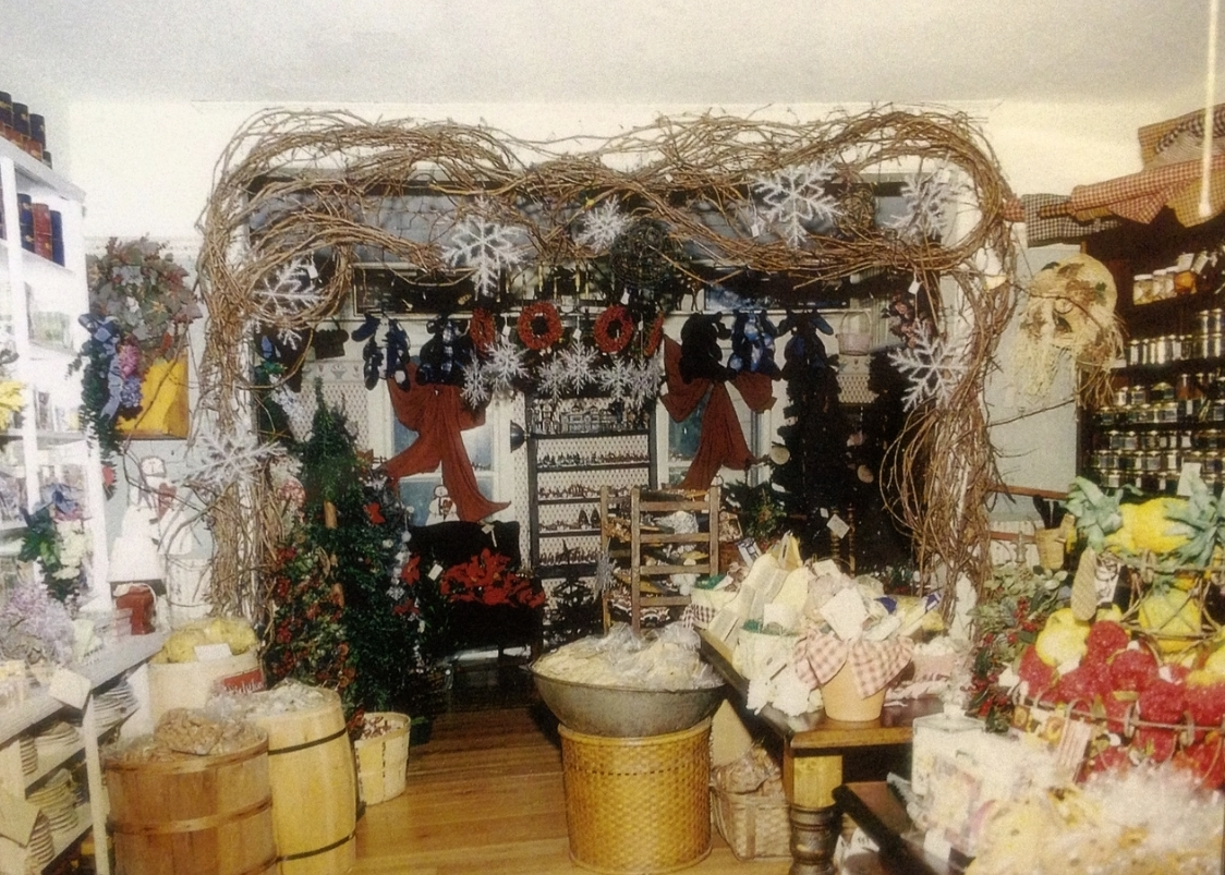 Copy of 1984 Village Common Shop on the grounds of the Stroudsmoor Country Inn