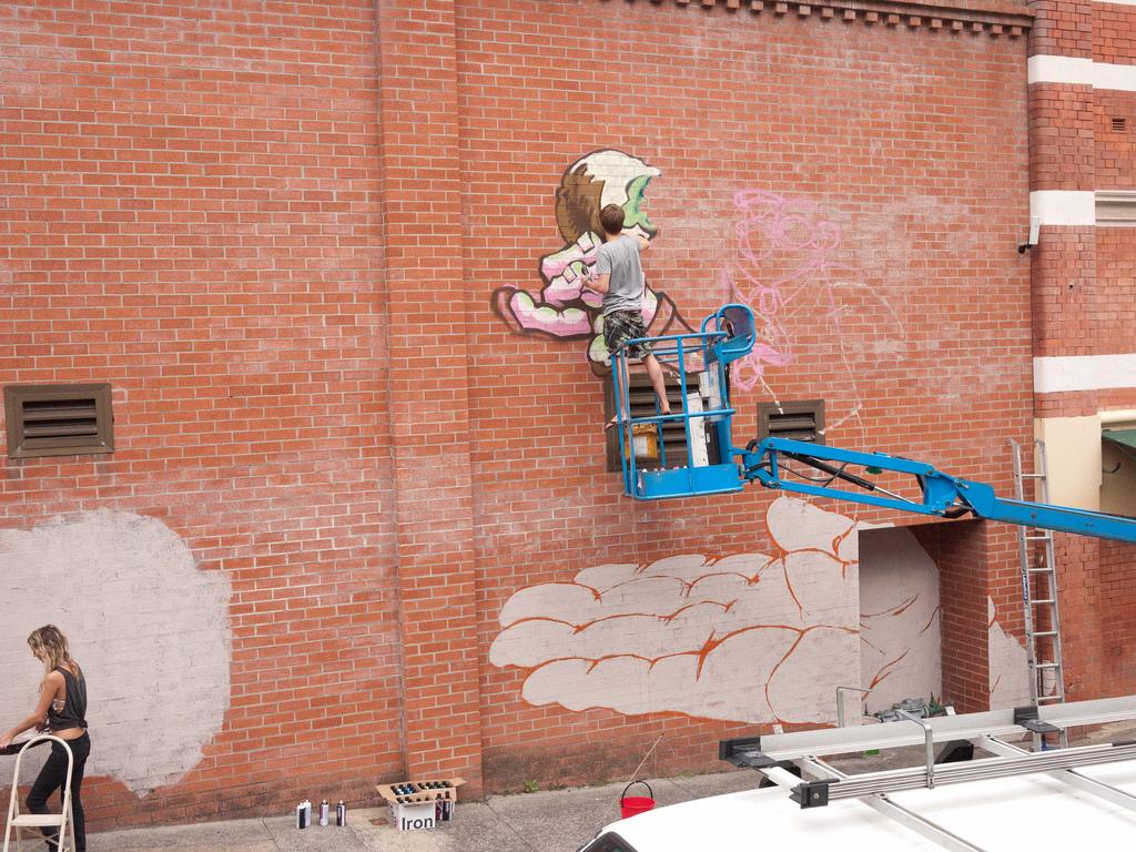 Alex Ball (Umpel), Newcastle street mural, 2010