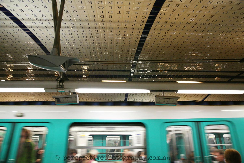 Paris Metro , Kerry Fragar