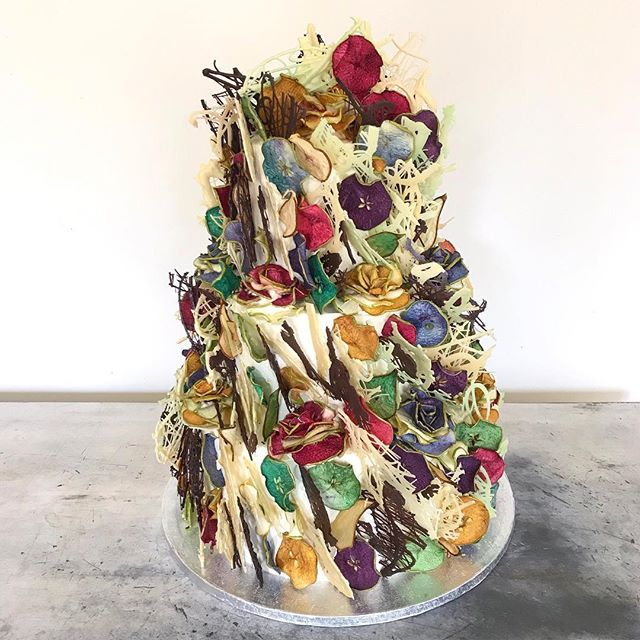 🌾'Spring Meadow'🌼designed for @sophieannsobey wedding @wellington_barn this weekend.  Layered edible textures of chocolate foliage & fruity blooms in a wild Spring palette.  Designed to compliment the stunning rolling landscape surrounding the venue.  Currently a patchwork of vibrant Spring meadows and uplifting sunshine yellow rapeseed. Scroll for a snapshot.  Eat Your Art Out.