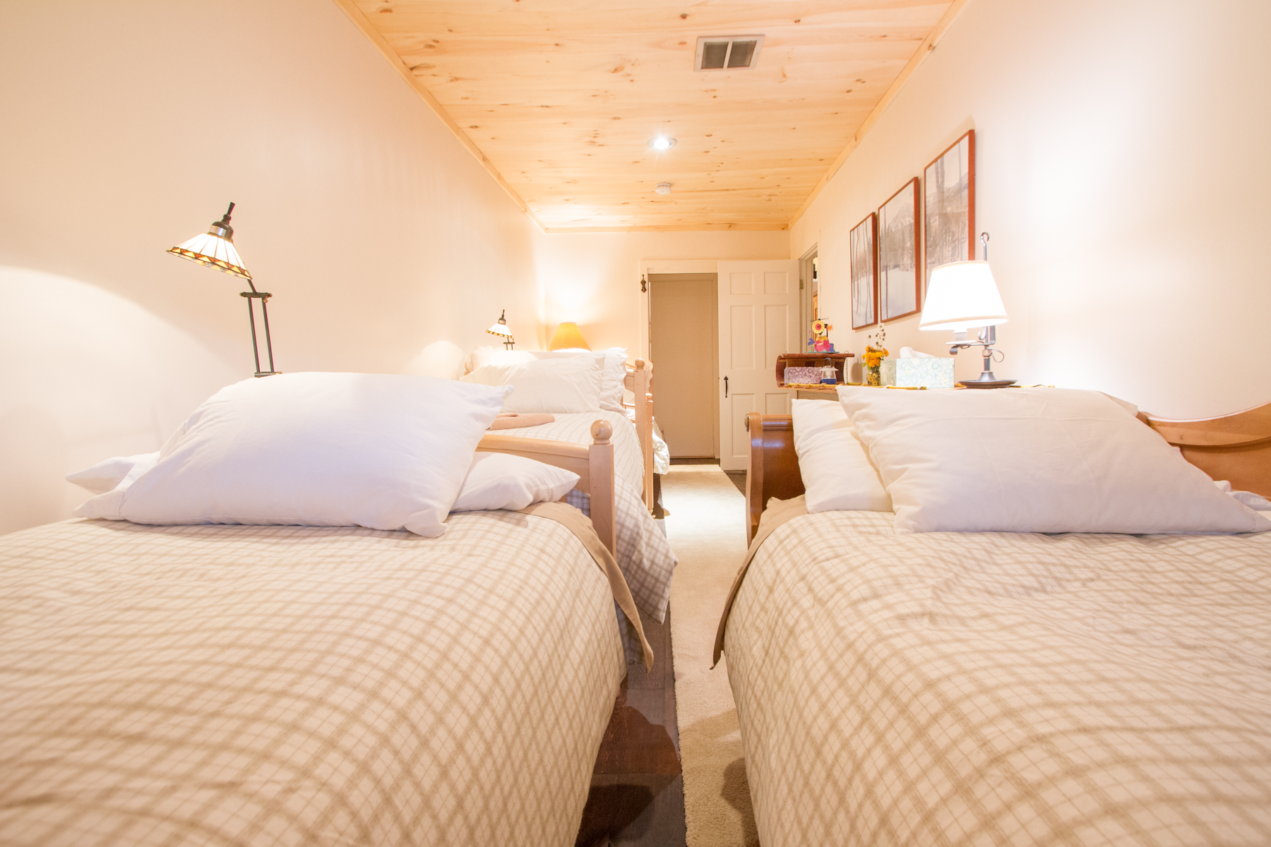 Warrior III Room (Book Private or Share) - 4 Twin Bed