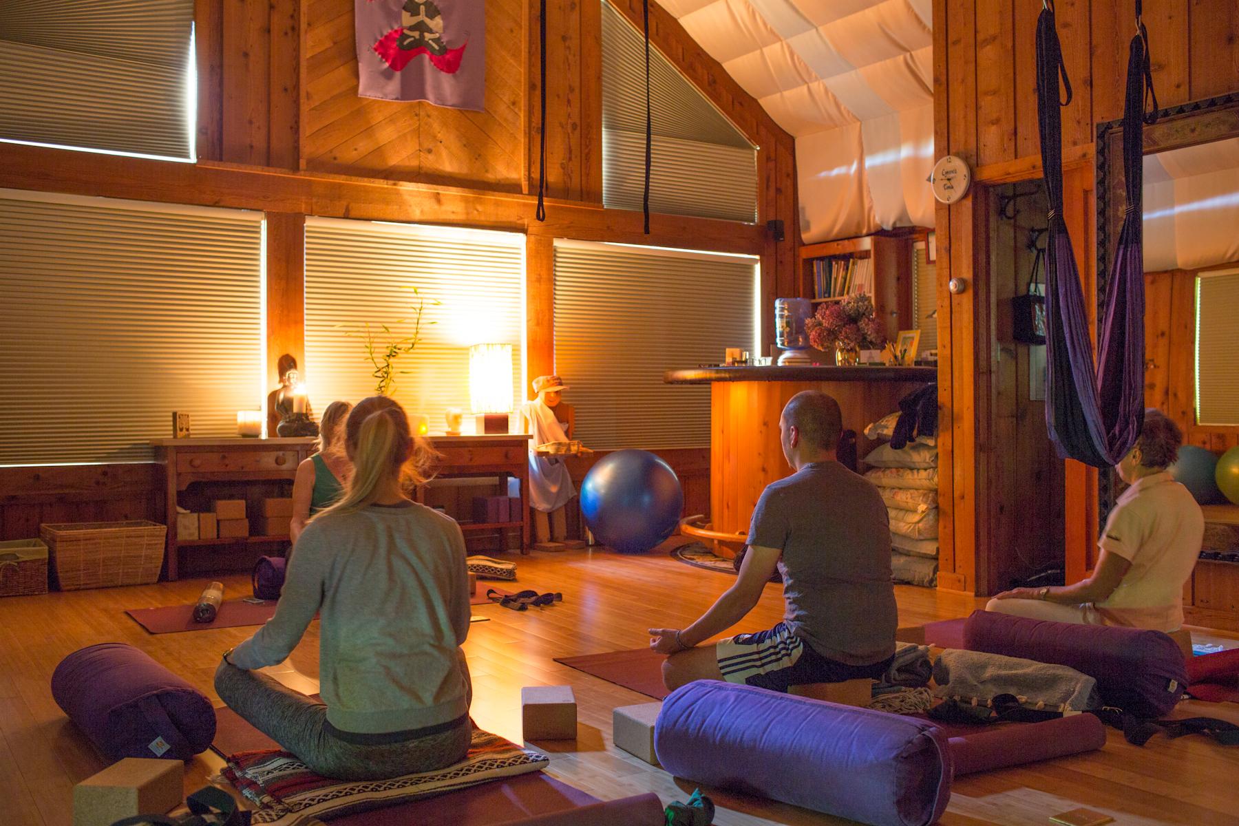 Yoga2Go_Yoga-1.jpg