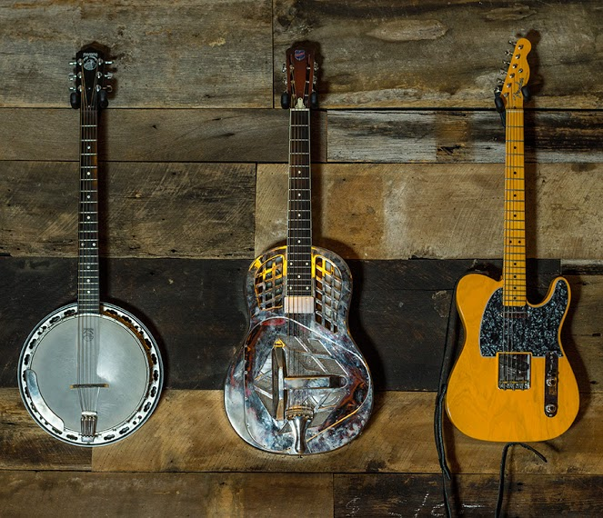 Some fine instruments by Deering, National and Fender among many others...