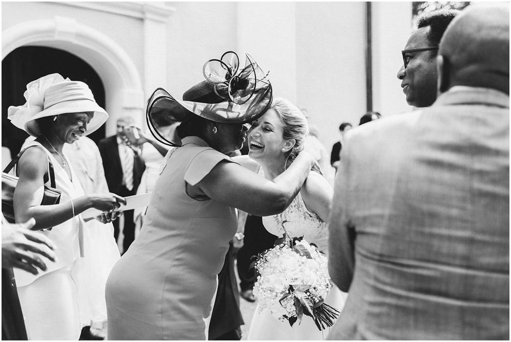 Braut und Schwiegermutter