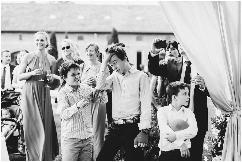 Kinder und andere Hochzeitsgäste