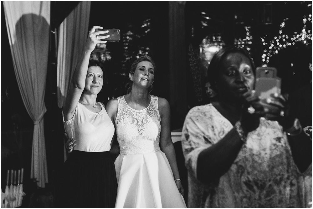 Selfi der Braut