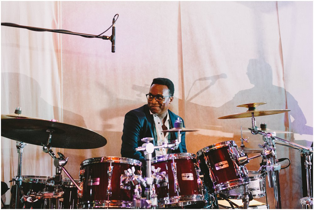 Schlagzeuger auf einer Hochzeit