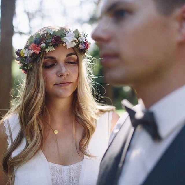 """Die Saison erreicht mal wieder ihren Höhepunkt und einige Paare bekommen schon bald ihre Erinnerungen an die vergangenen Hochzeitsfeste. Bis dahin gibt es hier für euch noch etwas """"old stuff"""", aber ganz instafrisch :) 2 years ago / C&B ⠀⠀⠀⠀⠀⠀⠀⠀⠀ #weddingemotion #documentary #brautpaar #verlobt #duundich #verliebtverlobtverheiratet #hochzeitsblog #hochzeit2020 #hochzeitsreportage #hochzeitsfotografie #weddingdetail #weddingdressinspiration #adventurealways #lookslikefilmweddings #bohobride #bohowedding #photobugcommunity #glambride #adventurouswedding #destinationwedding #weddingphotomag #bridetobe2020 #bridetrends #weddingphotoinspiration #modernwedding"""