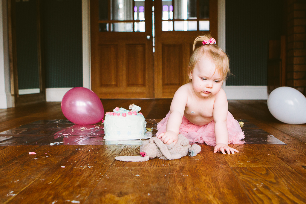 Kitty-Cake-Smash (24 of 42).jpg