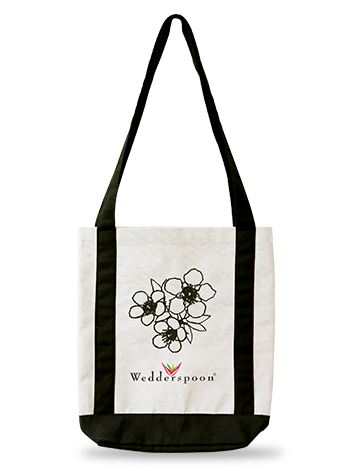 Don't forget to add the Wedderspoon Tote to your cart, so your loved one has a cute bag to store his/her new Manuka Honey gifts!