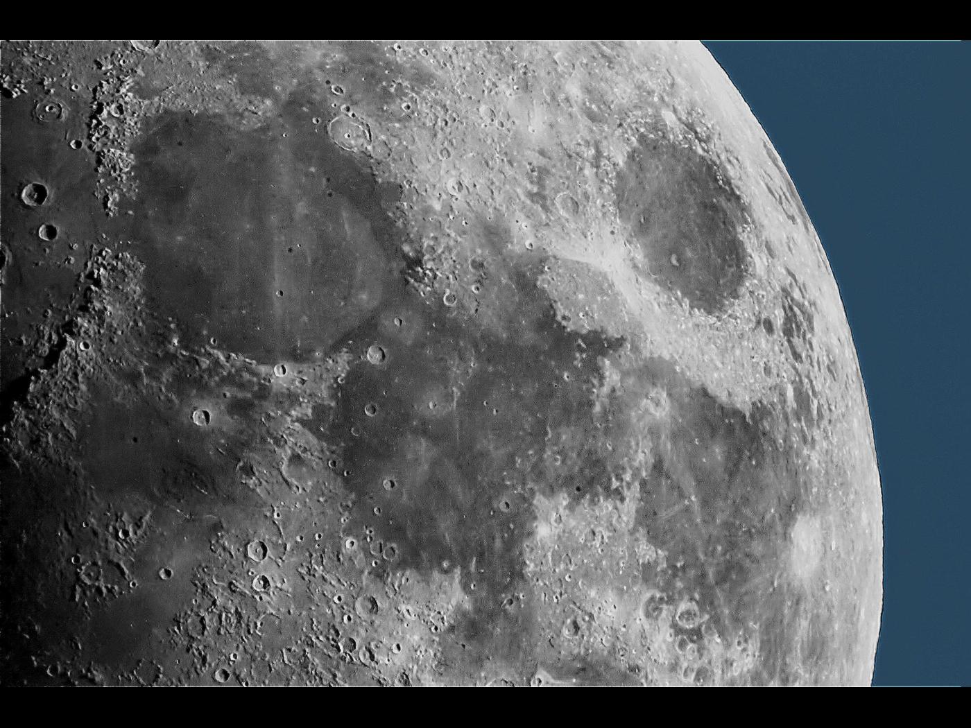 Moon in Daylight