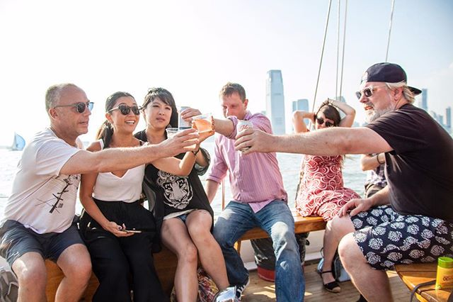 🚨Four tickets left for the first sail of the summer!!🚨Get 'em while you still can! Link in bio! • • • #eastvillage #nycparties #avenueb #nycdrinks #boatlife #summersails #sunshine #summer #sail #boat #nychappyhour #nyc #nycevents #nycnightlife #newyork #sundayfunday #instagood #instadaily #picoftheday