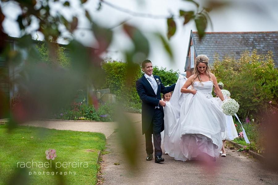 snape-maltings-suffolk-wedding_0021.jpg