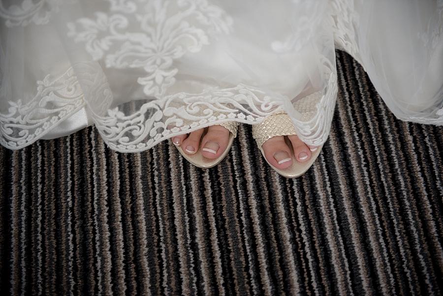westcliff-hotel-southend-wedding_0010.jpg