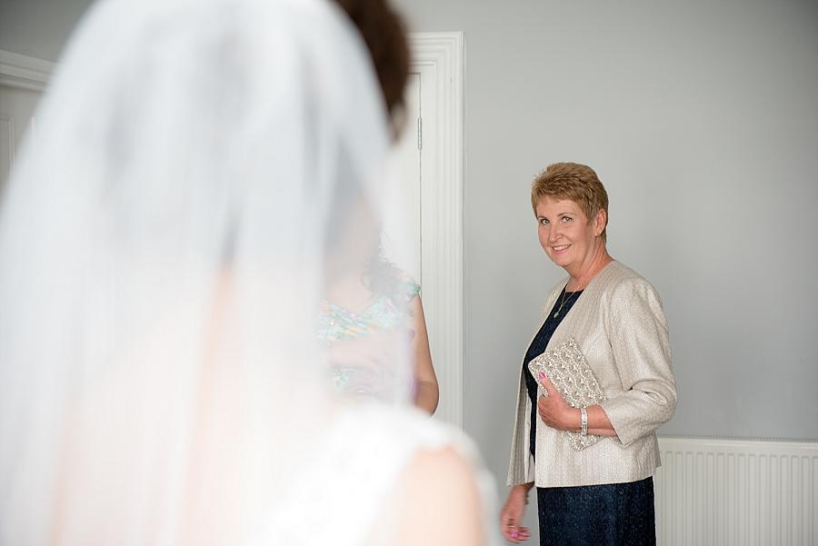 westcliff-hotel-southend-wedding_0016.jpg