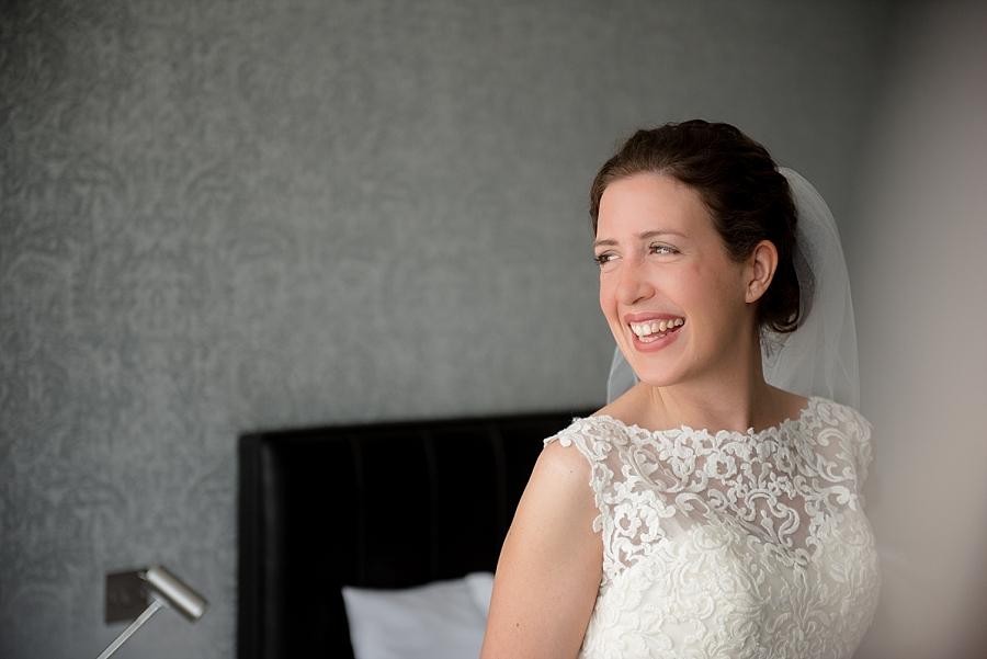 westcliff-hotel-southend-wedding_0020.jpg