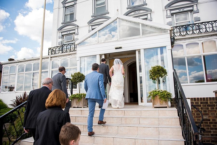 westcliff-hotel-southend-wedding_0044.jpg