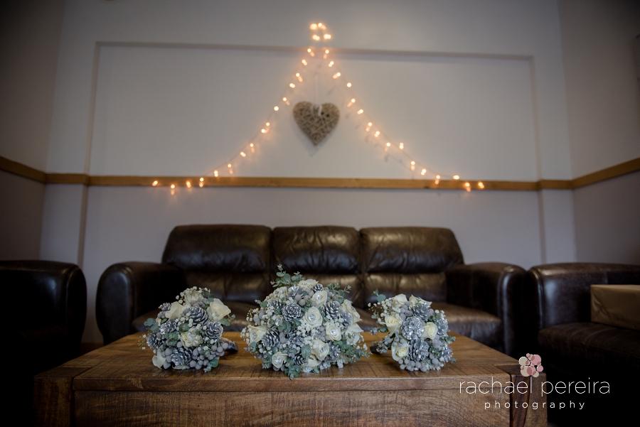 maidens-barn-winter-wedding_0002.jpg