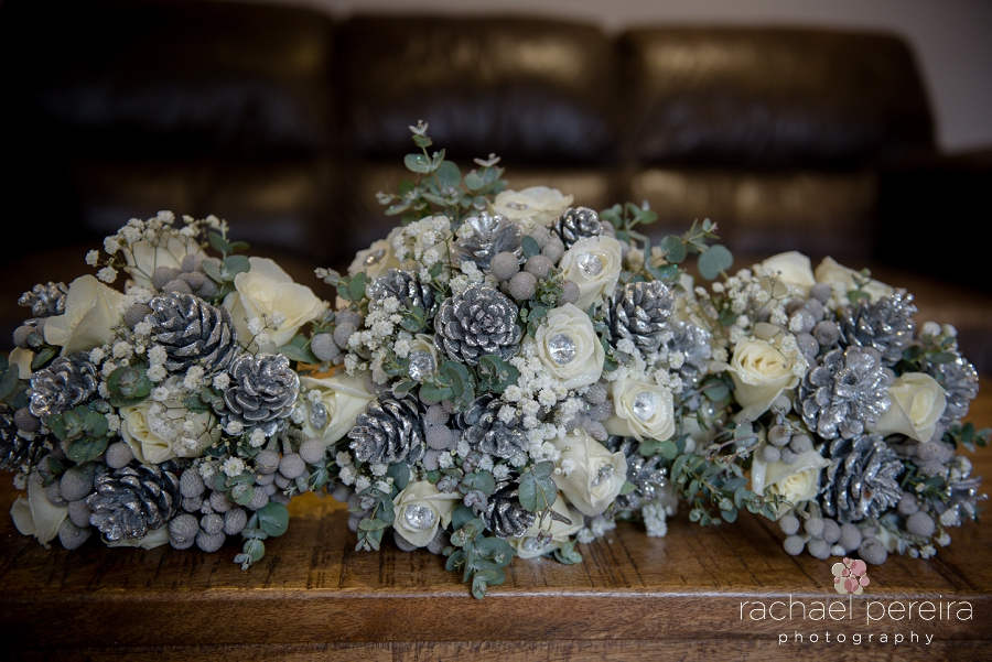 maidens-barn-winter-wedding_0003.jpg