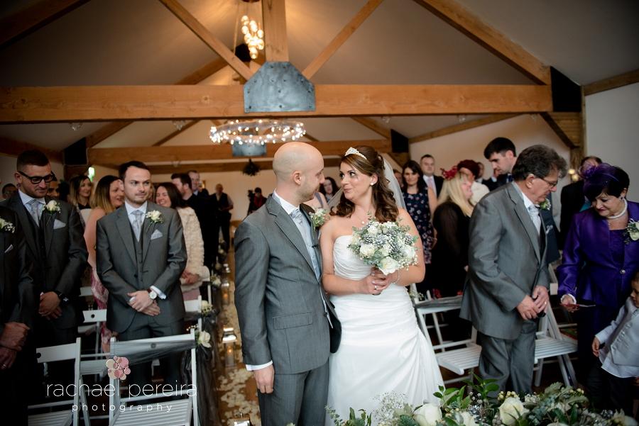 maidens-barn-winter-wedding_0026.jpg