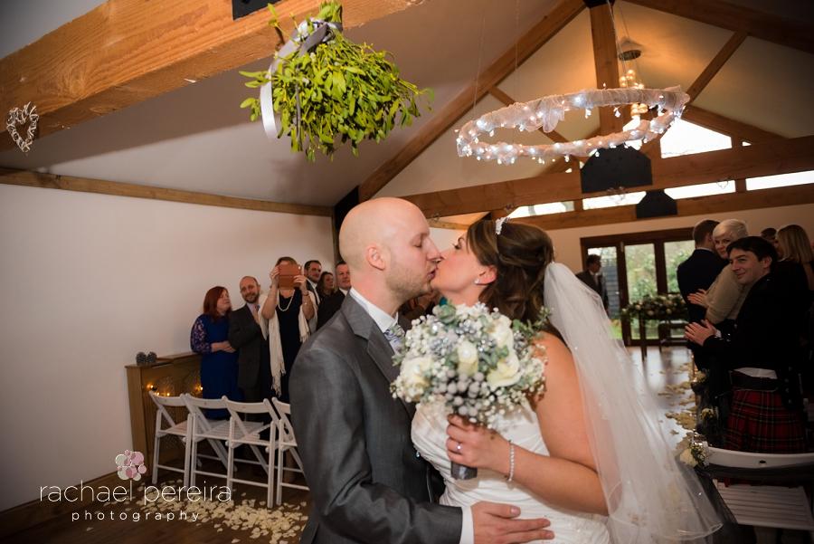 maidens-barn-winter-wedding_0028.jpg